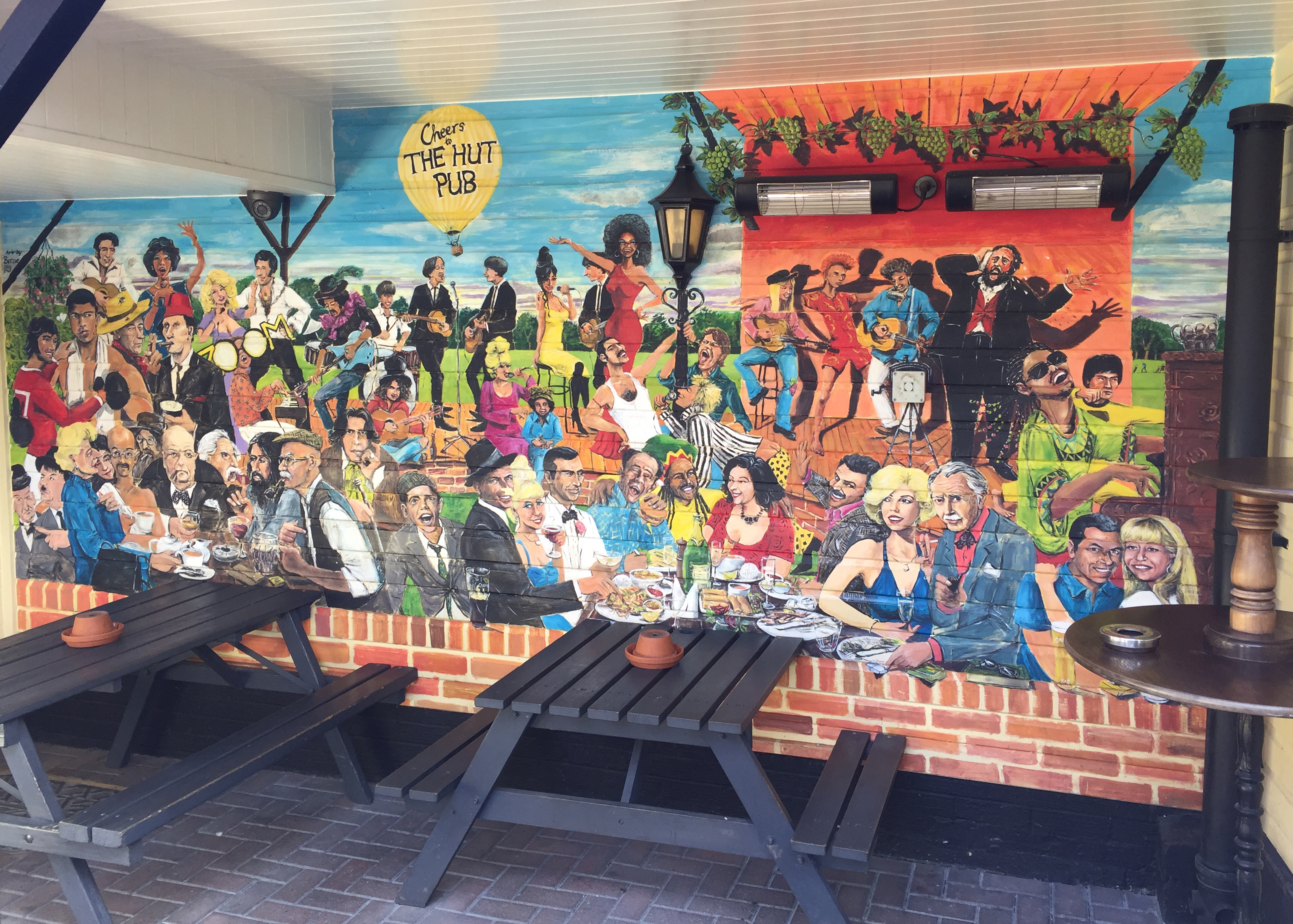 The Hut Pub - Outside Mural